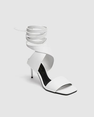 whitelaceupheel